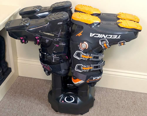 Snowboard boot dryer